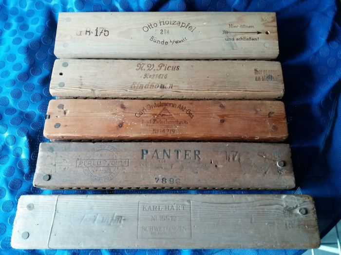 5 old wooden cigar molds, 1 complete with cigars, companies Picus/Hart/Holzapfel/Intelmann/Bezemer
