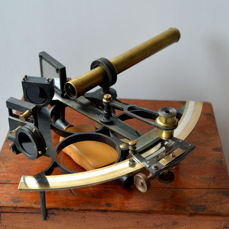 Sextant by J. Coombes from Devonport (U.K) met calibration certificate from 1912