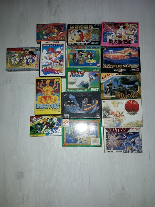 lot boxed and lose Famicom games. Boxed games are complete