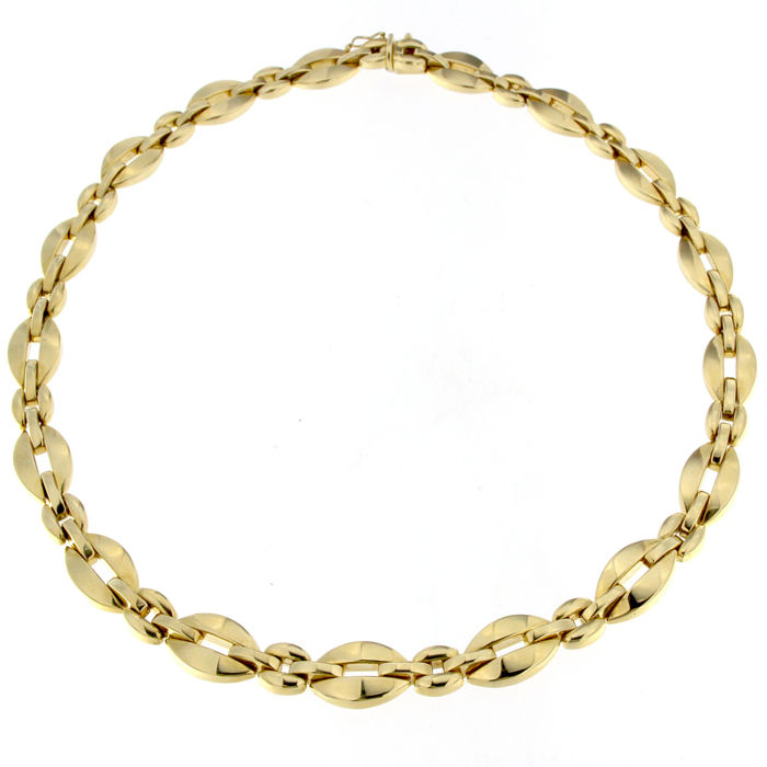 Necklace in 18 kt yellow Gold