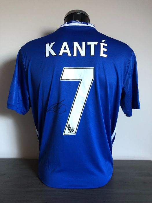 N'Golo Kanté signed Chelsea Fc home shirt 2016-2017 with photos of the moment of signing and COA