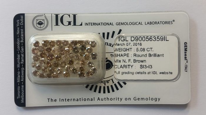 5.08ct  Round cut diamond Mix Natural Fancy Brown IGL -No Reserve