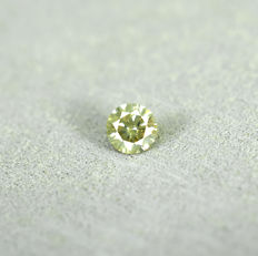 Natural greenish yellow diamond - 0.21 ct, excellent cut