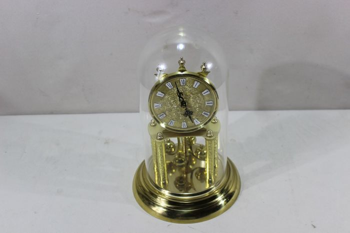 Glass dome Schatz mantle clock 1960 - 100% functional - Standing clock with rotating spheres
