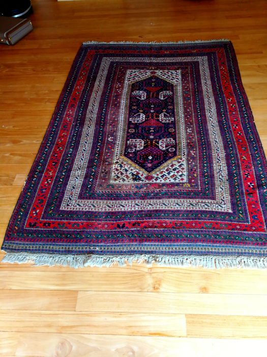 Antique Qashqai Khamseh rug, second half of 19th Century, Persia, 215 x 156