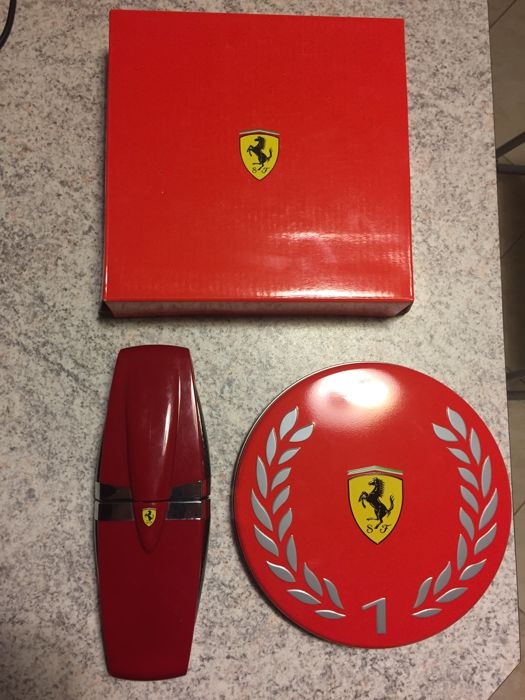 Two original official Ferrari pen with box
