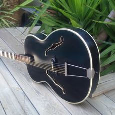 Hoyer/Lindberg archtop jazz guitar, model 'Blues' 1955