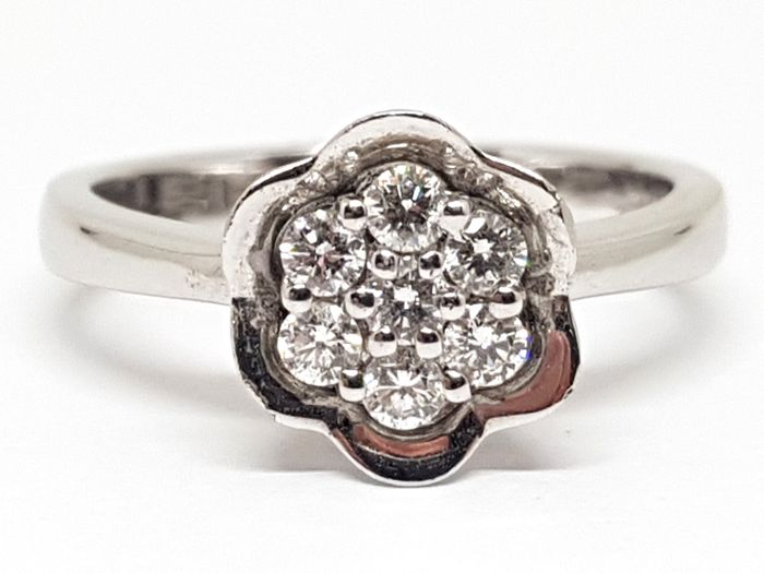 Diamond Cluster Ring 0,49ct. - Free resizing of Ring up to size 70 / 22mm