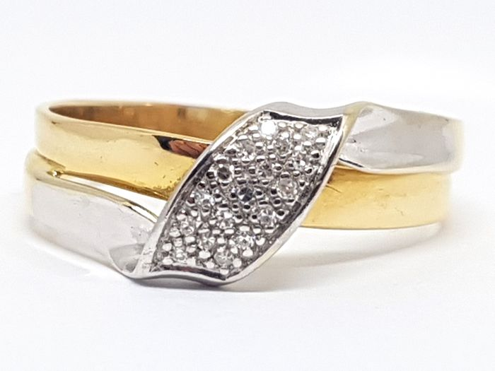 18K Gold Diamond Cluster Ring 0,25ct -  Ring Size 64 / 20,50mm - Free resizing of Ring up to size 70 / 22mm