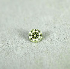 Natural Fancy greenish Yellow Diamond - 0.16 ct, NO RESERVE PRICE - Excellent cut