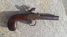 Small chest pistol time 1840