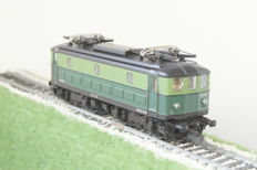 Roco H0 - 43579 - Electric locomotive - Loc 101.017 - NMBS