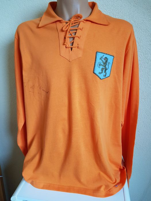 Frans de Munck (De Zwarte Panter RIP) - Retro shirt Oud Nederlands Elftal + COA + proof National football Museum