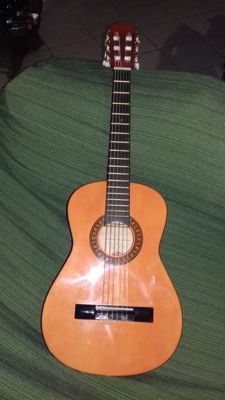 Stagg C 510 little guitar