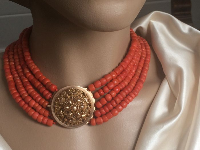 Antique approx. 1880 Necklace with large pristine gold clasp &.  5 strands 100% real blood coral 169 grams.    Warm orange red colour.