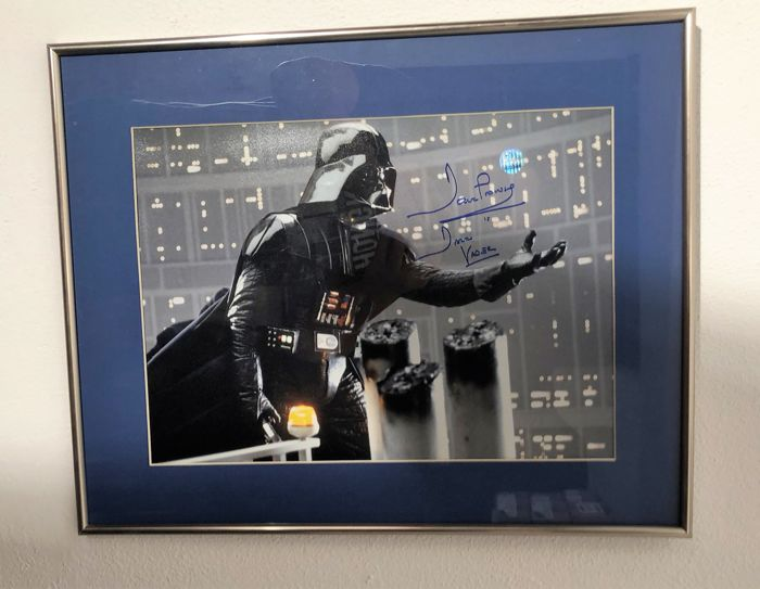 Darth Vader Signed Photo: I Am Your Father (Blue Signature) In Deluxe  Frame With blue Inlay