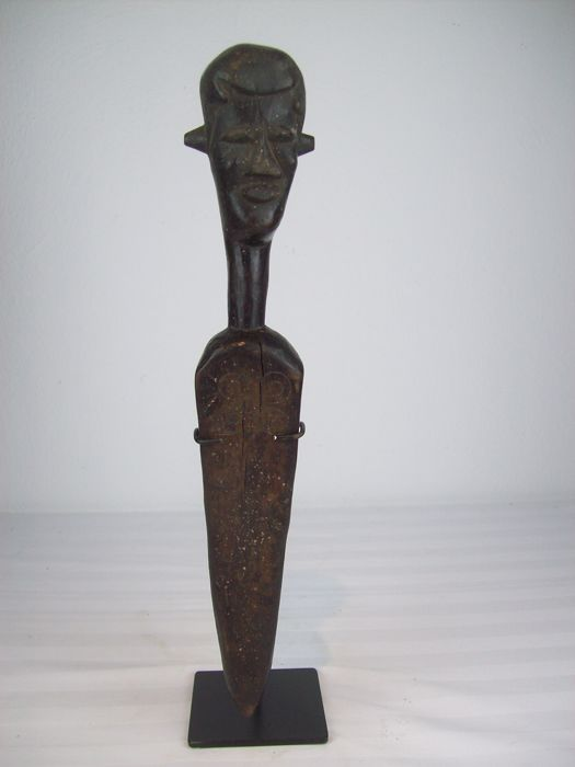 Dignitary -Kuba - SCEPTER - Chieftain Sceptre, D.R.. Congo incl. Iron Stand.