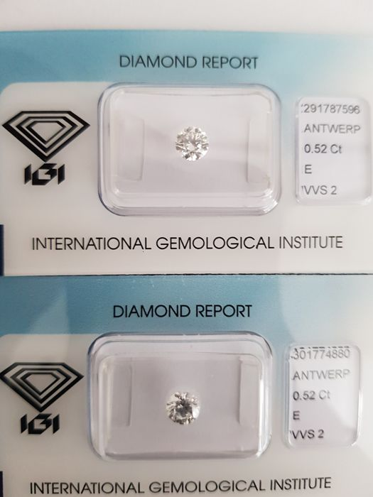 A pair of brilliant cut diamonds, 1.04 ct in total, E VVS2