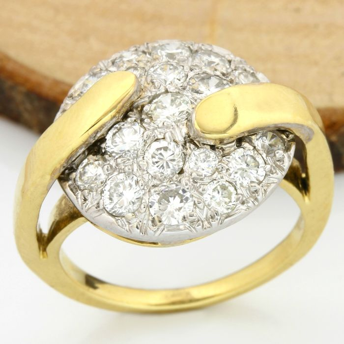 18 kt Yellow Gold 1.25 ct F-G, VS1-VS2 Diamond Ring;  Ring size: 6