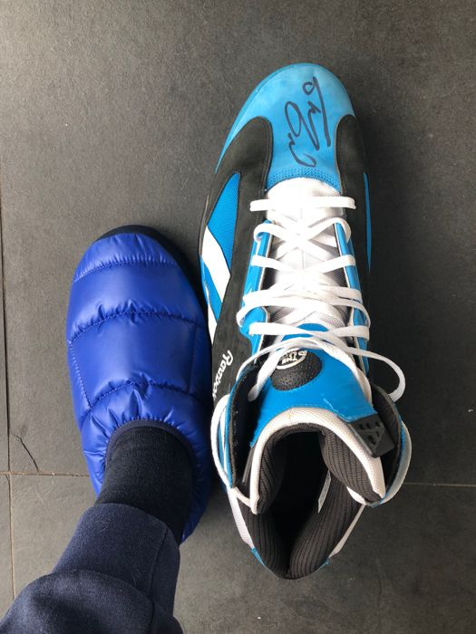 What Is Shaq S Shoe Size.Shaquille O Neal Signed Reebok Game Issue Not Worn Left Shoe