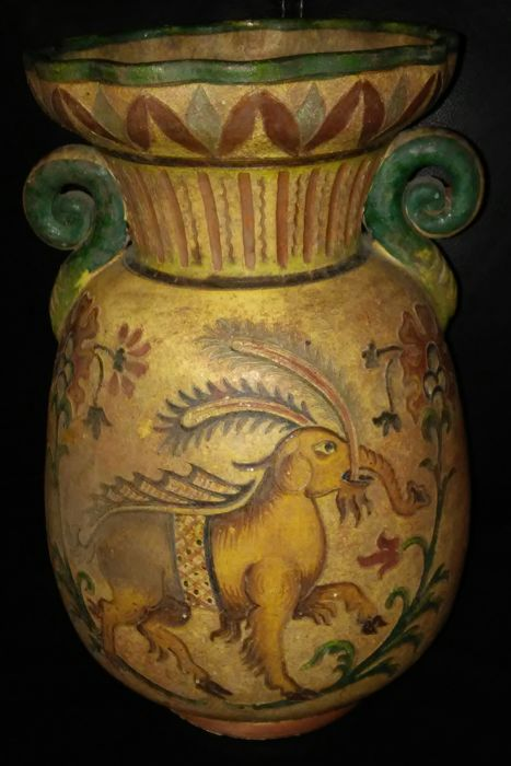 Superb And Ancient Vase With Elephants Stamped Montopoli Arno