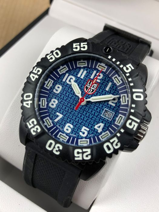 Luminox - 25th anniversary navy seal - GGL.L3053.25TH - Men - 2011-present