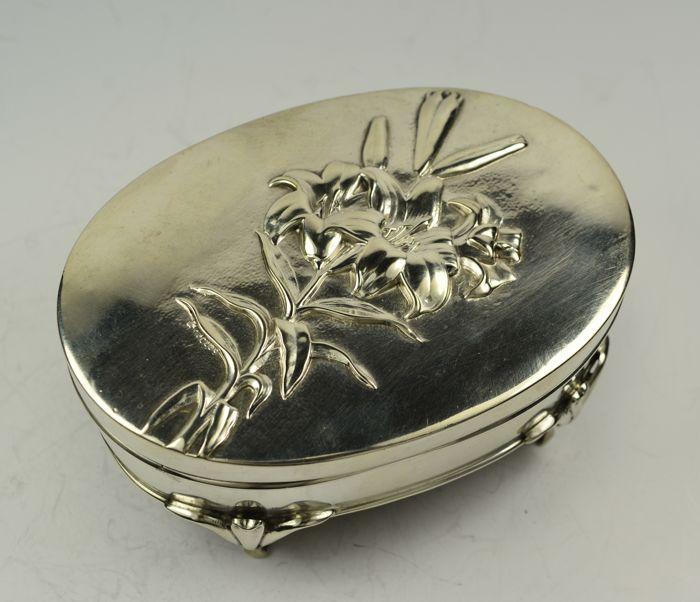 William Richard Corke - Art Nouveau silver box