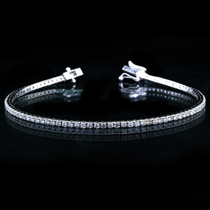 2.26 ct Diamonds, Tennis Bracelet With Natural White E-F color Diamond 18K WHITE Gold