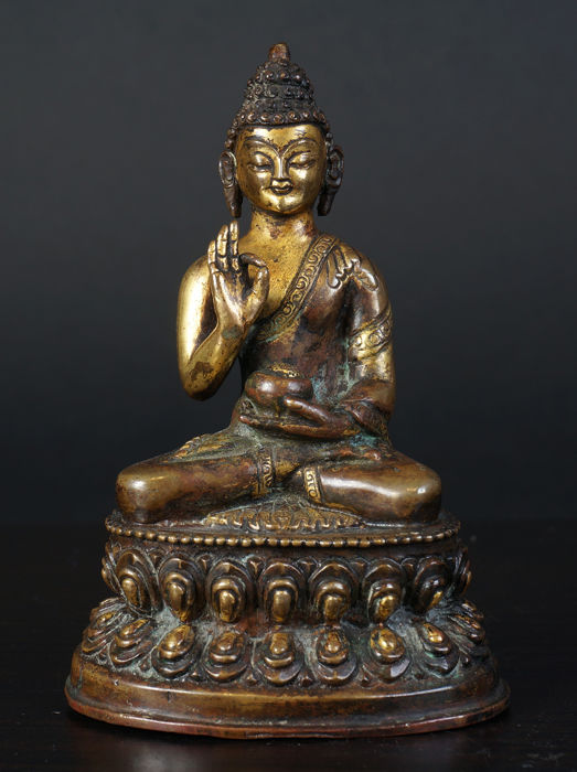 Chinese bronze Buddha - China - 20th century