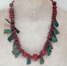 Viking necklace with red hand wound glass beads and bronze plates, 43 cm, 49 grams