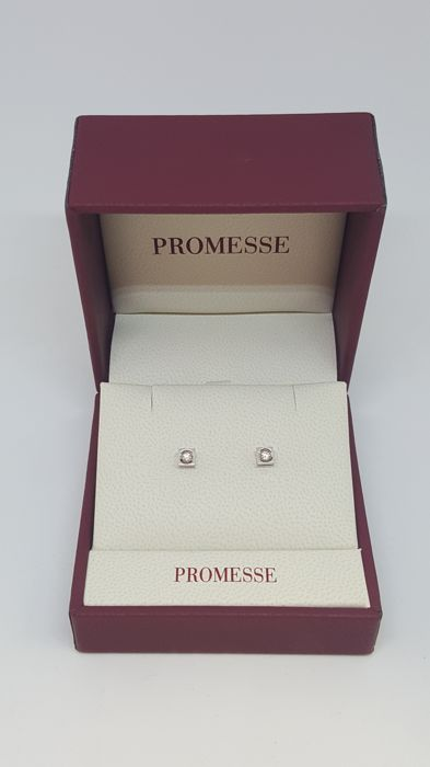 PROMESSE point of light earrings in 18 kt white gold with natural diamonds totalling 0.12 ct Colour F/G, VS1