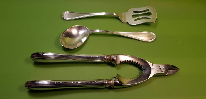 Set of Three Antique Cutlery Pieces Argenterie Venete & Co, made in Italy, Rome, 1922