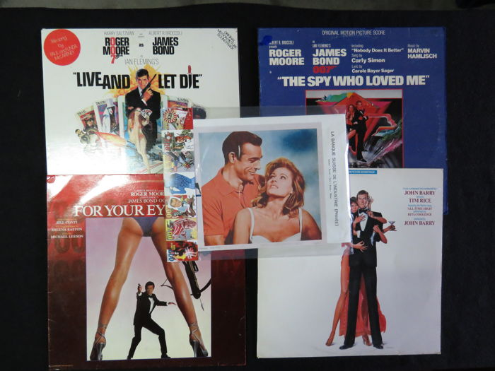 James Bond 4xOriginal Motion Picture scores: Live and let die - The spy who loved me - For your eyes only - Octopussy (1978/1983) Bonus James Bond memorabilia