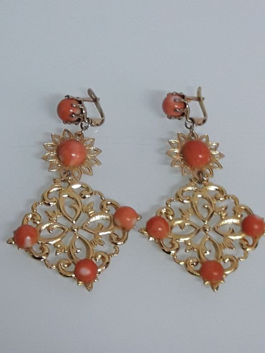 Set of dangle earrings (authentic corals) - Spain, 20th century