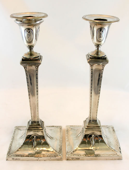 A pair of Edwardian Art Nouveau style silver candlesticks - Hawksworth, Eyre & Co Ltd - Sheffield - 1905