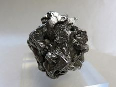 Rarity - iron meteorite Campo del Cielo, with 2 movable parts - Oktaedrite IVA - in 3D crystal shape - 71.71 g