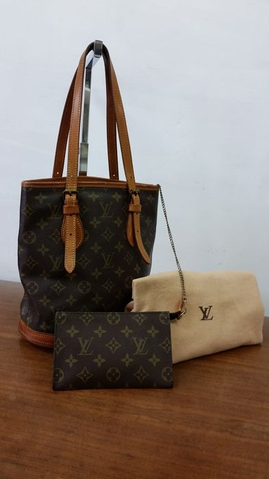 Louis Vuitton - Bucket & Pouch Schoudertas