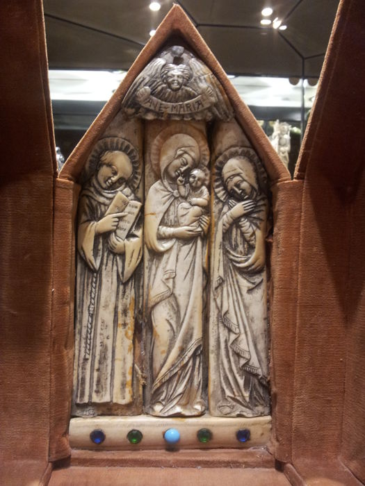 Bone polyptych with Madonna and Child in the middle - late 19th century