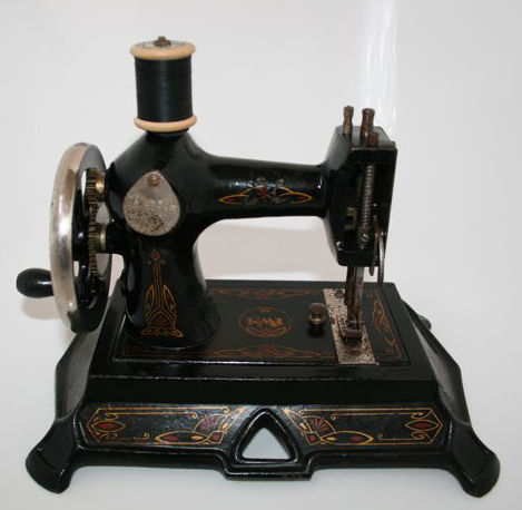 A FW Muller Model 40 Children's Sewing Machine Germany Ca 4020 Amazing 1920 Sewing Machine