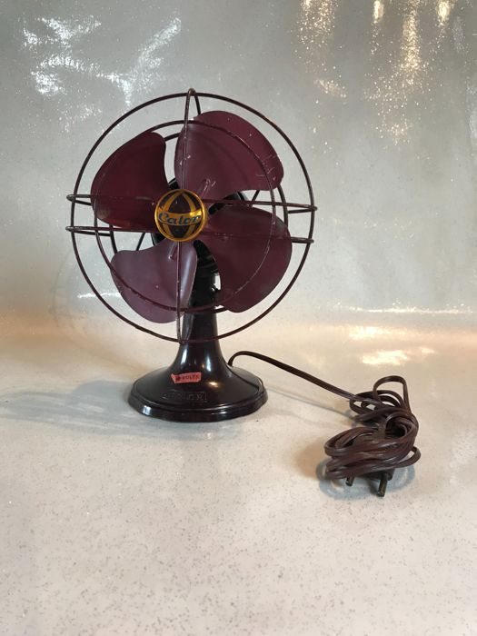 Calor - Fan in Bakelite and burgundy coloured aluminium