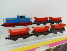 Arnold, Minitrix N - 12066 - Train unit - Dieselloc met 5 kipwagons en ballast