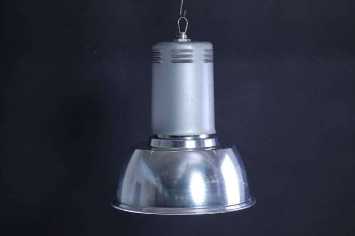 Siemens – Large industrial pendant light Modern antiques.