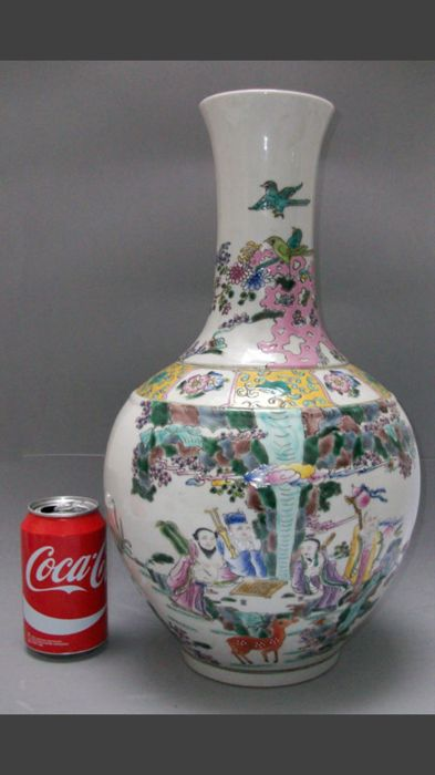 Large porcelain vase of enamel porcelain and overglaze - China - Late 20th/21st century (73 cm)