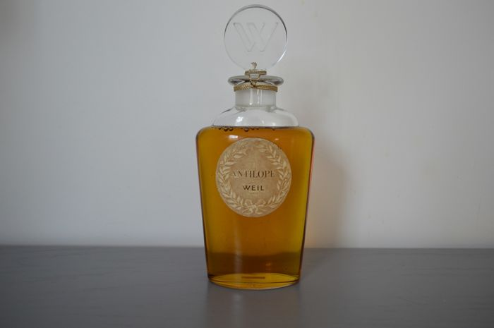 "Weil - Giant perfume bottle ""Antilope"" in vintage glass"