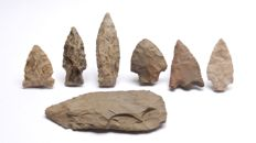 Lot with arrowheads from the USA - 96 x 40 mm (7)