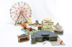 Faller H0 - Scenery - Several fairground attractions and accessories