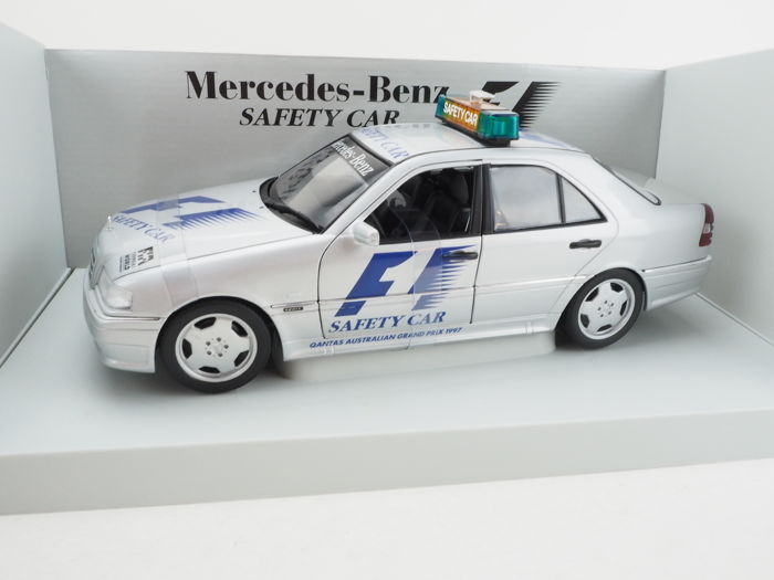 UT Models - Scale 1/18 - Mercedes-Benz C Class AMG Safety Car F1 1997