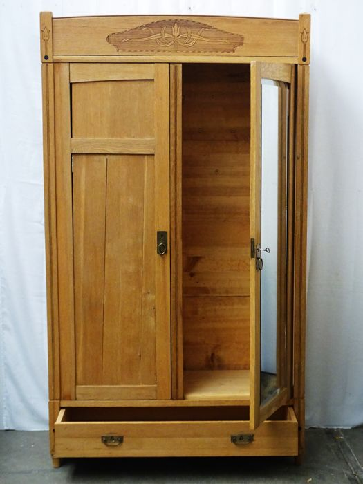 oak linen closet with facet cut mirror netherlands ca 1900 catawiki. Black Bedroom Furniture Sets. Home Design Ideas