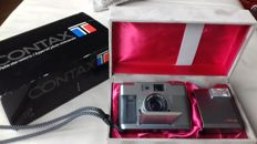 Camera Contax T with lens Carl Zeiss Sonnar 1: 2.8/38mm T *