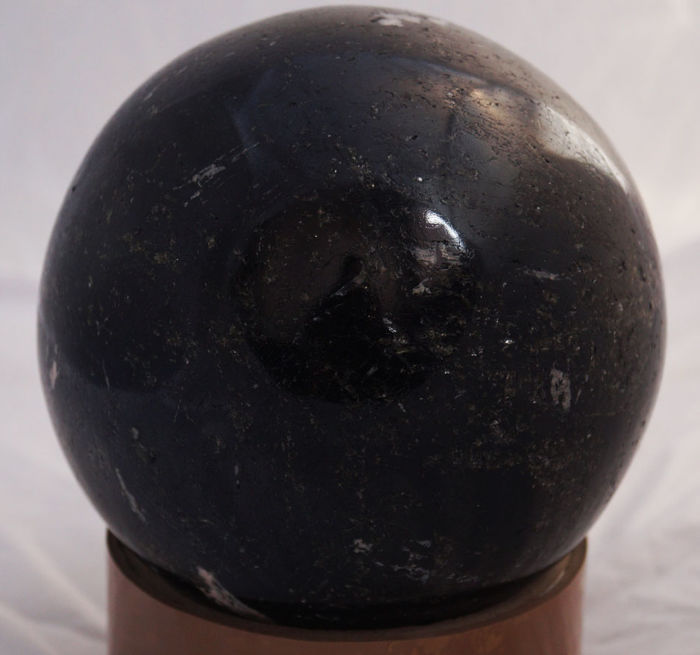 Black Tourmaline Gemstone Fine Quality Healing ball 11370.00carats - 2.274 Kg - 11.1 cm